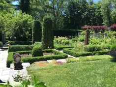 Bunny Williams garden in CT
