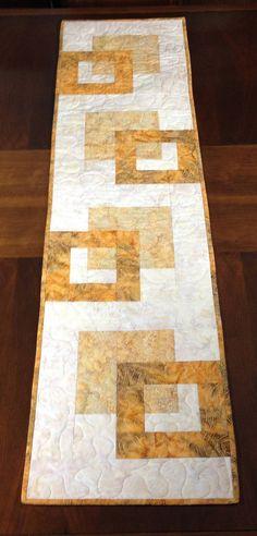 Camino de mesa moderno Batik hecho a mano oro acolchado