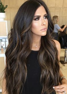 Great Lengths are the global leaders of ethically sourced, expertly-blended virgin remy hair extensions. Dark Hair With Highlights, Hair Color For Black Hair, Black Brown Hair, Dark Hair With Lowlights, Golden Highlights, Color Highlights, Dark Brunette Balayage Hair, Balayage On Black Hair, Long Brunette Hair