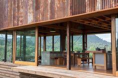 Deze roestige boerderij in Nieuw-Zeeland is gebouwd voor een creatief stel - Roomed