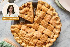 I Tried Smitten Kitchen's Even More Perfect Apple Pie with Extra-Flaky Pie Crust Pie Dessert, Dessert Recipes, Desserts, Apple Crumb Pie, Perfect Apple Pie, Baking Secrets, Baking Tips, Bread Baking, Sugar Free Baking