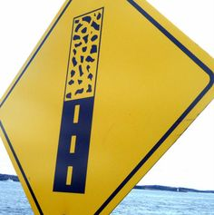 """#RoadSigns """"Pavement ends"""" feels so 70s Memphis.  @MADENORTH  via @Cove17"""