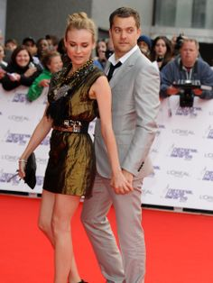 Diane Kruger and Joshua Jackson..i love this two