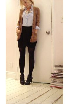 I like this because not a lot of people who wear stockings with open toe shoes can make it actually look good.