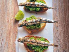 Sardine auf Crostini http://www.fuersie.de/kochen/grillrezepte/artikel/sardinen-auf-crostini