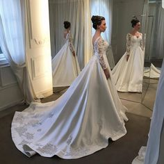 Image may contain: 2 people, wedding Country Wedding Dresses, Elegant Wedding Dress, Wedding Bridesmaid Dresses, Dream Wedding Dresses, Bridal Dresses, Plus Size Wedding Dresses With Sleeves, Plus Size Tunic Dress, Pelo Afro, Marie