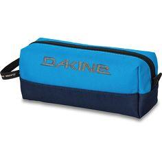 Dakine Accessory Case Blues  http://www.dakine-shop.de/de/Dakine-Accessory-Case-Federmaeppchen-Blues