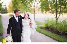Bride and Groom. Soft and Natural Wedding Colors. Kansas City Wedding www.Sharayaphoto.com