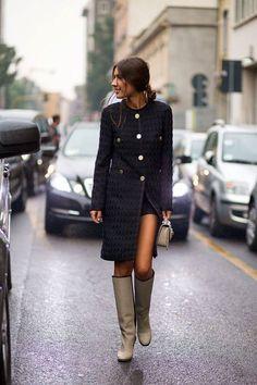 Casaco longo + shorts + bota de montaria