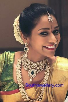 simple traditional bride with traditional jewels