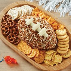 Get ready for the Super Bowl with our Touchdown Pretzel' N Cheese