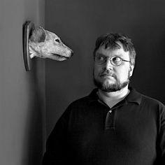 Guillermo del Toro - director y guionista, películas de terror: Stroj času (Cronos)