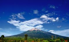 Mt. Kerinci, Jambi, Sumatera, Indonesia by Tim Mowrer on Flickr