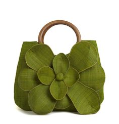 "Guadeloupe tote features a bold flower and beautiful carved wood handles. 9.5"" x 15"" x 5"" - 89$ {Mar Y Sol}"