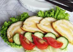 Sajtos csirkemellszeletek őzgerincformában Hungarian Recipes, Salmon Burgers, Pickles, Cucumber, Zucchini, Bacon, Food And Drink, Vegetables, Ethnic Recipes