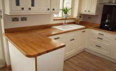 New kitchen wood worktop floors 32 Ideas New Kitchen, Kitchen Decor, Kitchen Wood, Cream And Wood Kitchen, Kitchen Ideas, Oak Kitchen Worktops, Kitchen Backsplash, Kitchen Renovation Design, Wooden Countertops