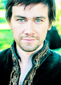 Torrance Coombs - Reign