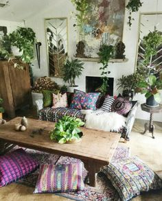 Love the large cushions on the floor. Cool way to make a small living room have more seating.