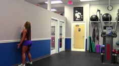 Wall Squats with Sarah Grace How-To Squat the Right Way. God her body is Amazing!!