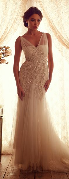 Anna Campbell 2013 Gossamer Collection // This designer though...