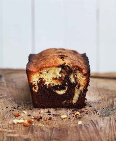 Apricot and chocolate marble cake