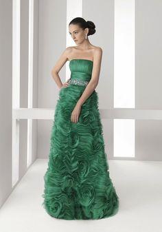 LMR | Sexy Strapless Green Evening Dress with Embellishment and Ruffle Long Skirt - Hong Kong | LMR Weddings