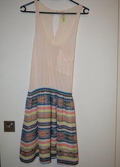 À vendre sur #vintedfrance ! http://www.vinted.fr/mode-femmes/robes-dete/25712626-robe-dete-bershka-rose-et-bleue-t36