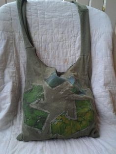 Super cute Upcycled Tee shirt purse! its easy to do, and its always a One of a Kind item!