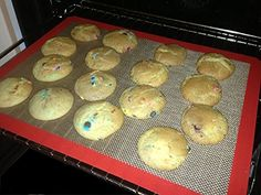 Great Way To Bake! No More Greasing Pans When You Bake http://www.amazon.com/Silicone-Baking-Mat-43-8centimeter-29-2centimeter/dp/B00PHJNWAO