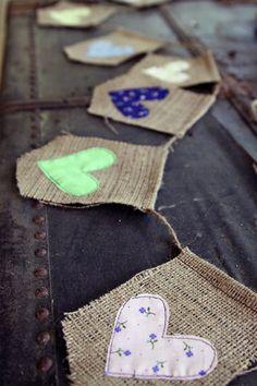 Bannière de toile de jute et de cœur tissu par iwishedforyou