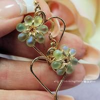 Jewelry : Charming Hearts Earrings in Spring Green