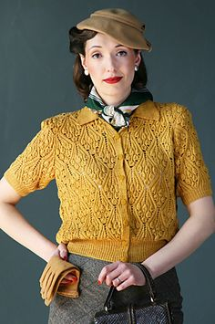 Damn, I've gotta have this!    Ravelry: Kasha pattern by Susan Crawford