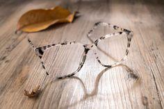 b5799dca32f Latest Eyewear Trends  2019 Most Popular Fashion Frames. Glasses Trends Tortoiseshell ...