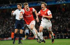 Arshavin & Bendtner Celebrate vs Barcelona 2011.