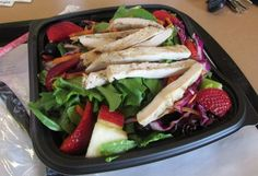 The Chick-fil-A Grilled Market Salad is only 180 calories! Find out what other fast food salads are actually healthy.