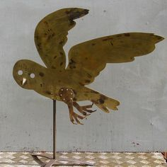 Mark Hearld's 'Owl' silhouette worked in sheet brass by Dave Tigwell for the redisplay of the British Folk Art Collection at Compton Verney. Hearld is both curating the redisplay and producing new works in response to the collection, which opens to the public on 17 March 2018. Owl Art, Bird Art, Corte Plasma, Owl Silhouette, Cut Out Art, Glasgow School Of Art, Royal College Of Art, Fibre, Art Decor