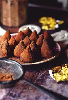 Mint Cake, Chocolate Diy, Cookie Desserts, Confectionery, Orange, Fudge, Breakfast Recipes, Food Photography, Sweet Treats