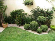 jardinera de suelo con boj