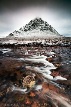 Stob Dearg forms part of the Buachaille Eite Mor r ... by Alun Davies on 500px