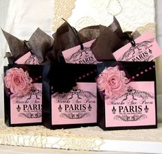 French Paris Apartment Style Paper Gift Bag Set with Paris Flea Market Label, Fabric Flowers, & Matching Tags - Etsy Paper Gift Bags, Paper Gifts, Baby Shower Paris, Parisian Party, Parisian Wedding, Cheap Gift Bags, Paris Birthday Parties, Paris Theme, Party Bags
