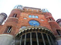 impresionante Catedral que Justo Gallego Martínez, ilustre vecino de Mejorada del Campo, lleva más de cincuenta años construyendo