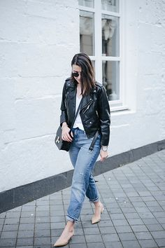 More looks by Sophie  van Daniels: http://lb.nu/sophievandaniels  #casual #minimal #street #german #blogger #dutch #maastricht #netherlands #trend