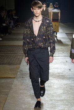Dries Van Noten Fall 2015 Menswear Fashion Show