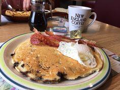 Das nenne ich mal einen Pancake. Es gibt ihn im  Rockport Family Diner 420 West St 04856 Rockport, Maine