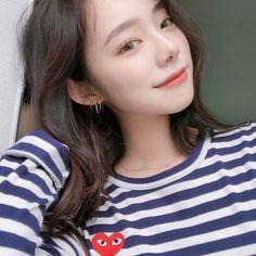 something special ♡ Ulzzang Couple, Ulzzang Girl, Korean Ulzzang, Korean Girl, Pretty Girl Face, Kim Sun, Selfie, Best Face Products, Korean Beauty