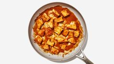 Our goto crispy tofu method could not be easier Vegan Recipes Videos, Tofu Recipes, Gourmet Recipes, Cake Recipes, Healthy Recipes, Quick Recipes, Healthy Eats, Dried Tofu, Spicy Stew