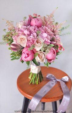 New Wedding Bouquets Summer Pink Bridesmaid Ideas Hydrangea Bouquet Wedding, Bridal Bouquet Pink, Pink Hydrangea, Bridesmaid Flowers, Bride Bouquets, Bridal Flowers, Floral Bouquets, Boquette Wedding, Floral Wedding