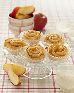 Roselline di mele Le roselline di mele con pasta sfoglia, sono una vera e propria golosità. Sono facili e veloci da preparare e gli ingredie...