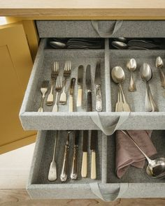 Our kitchen drawers are designed and delicately detailed by hand. This is the cutlery drawer we all dream about, don't you?… Plain English Kitchen, Dutch Kitchen, English Kitchens, Kitchen Paint, Kitchen Design, Layout Design, New Paint Colors, Kitchen Drawers, Kitchen Storage