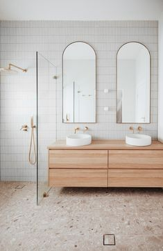 Let's talk Kit Kat tiles... 🙌⁠ ⁠ Renowned for their slender appearance and rigid style, Kit Kat tiles are a fresh and fun addition to any space. ⁠ ⁠ @bungalow_on_seventh ⁠ have created a gorgeous boho-luxe bathroom with these kit kat tiles as a backdrop for our Brushed Brass tapware.⁠ ⁠ What tiles do you have in your bathroom? ⁠🤩⁠ Bathroom Renos, Laundry In Bathroom, Bathroom Renovations, Small Bathroom, Remodel Bathroom, Washroom, Bathroom Ideas, Bad Inspiration, Bathroom Inspiration